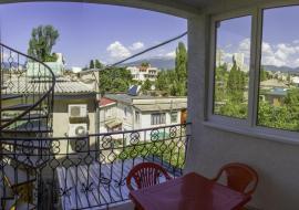 Коллективная   - Алушта  Апартаменты 2этаж 45кв