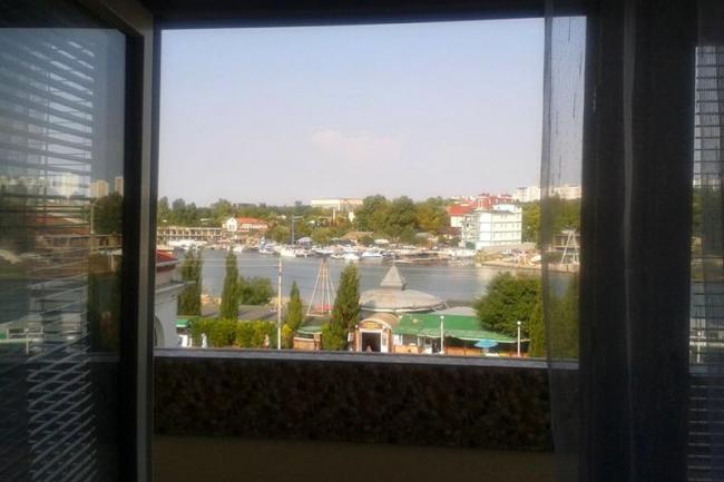 Крым Севастополь посуточно   Апартаменты Lucia  Крым Севастополь посуточно