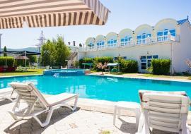 Дионис - Крым гостиница Балаклава   бассейн