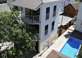 Комфорт - Алушта гостиница с бассейном