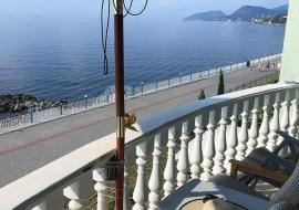 2х комнатный Фисташковый  3 этаж - Крым  номер с видом на маре  Семидворье   отдых в Алуште рядом  пляж