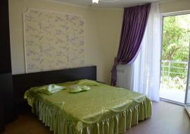В парковой зоне - Крым Гостиницы в Алуште   комнат 1 площадь 25 м2 этаж 3