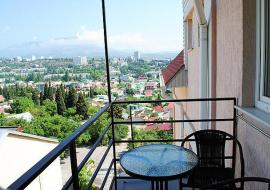 Южаночка -  Алушта частный сектор   вид с отеля