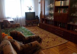 Продается   2- комнатная квартира в г.Алушта. ул.Ялтинская